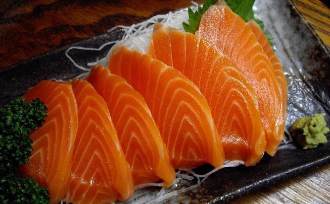 suplemen minyak ikan salmon omega 3